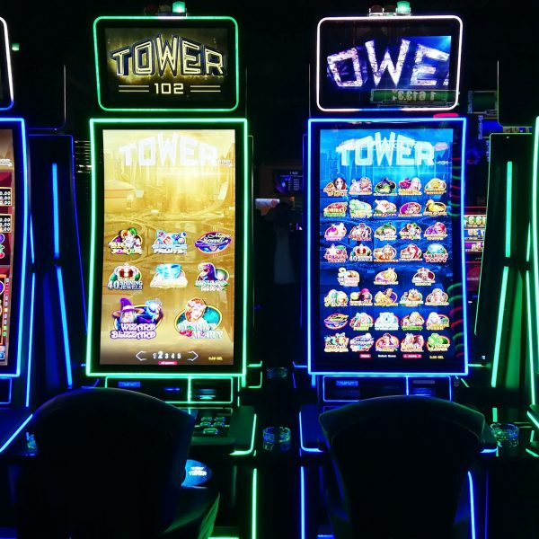 Why People Play Free Online Slot Machine Games
